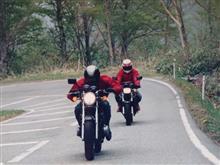 洛SUGIさんのFX400R リア画像