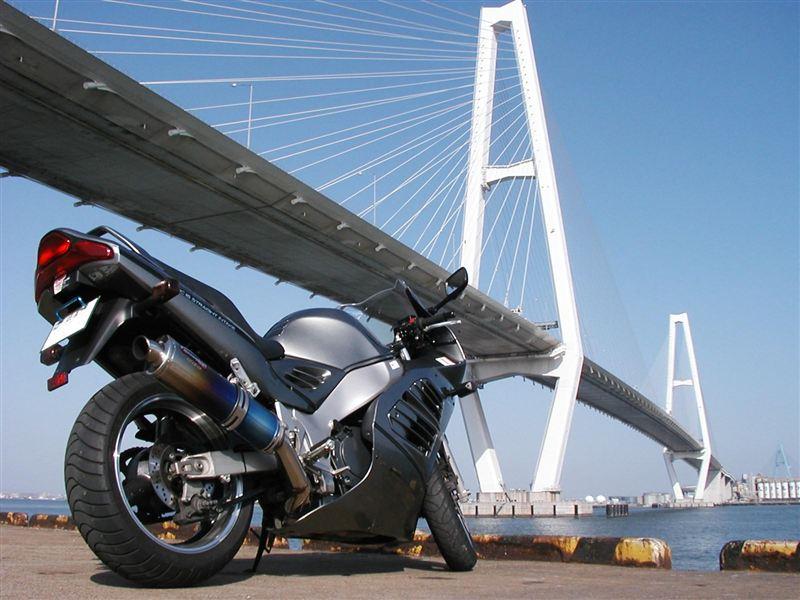 スズキ RF900R