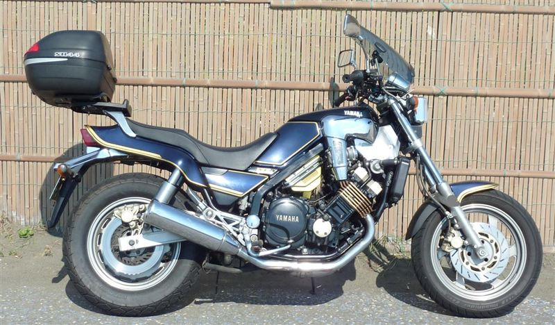 ヤマハ FZX750