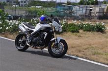 Kamiyuさんのスピードトリプル1050 左サイド画像