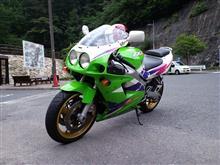 広島のおっくんさんのZXR750 メイン画像