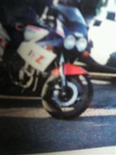 鈴 木 浩 之さんのFZ400R メイン画像