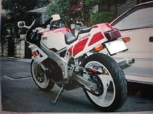 ninjya1100さんのFZR400 リア画像