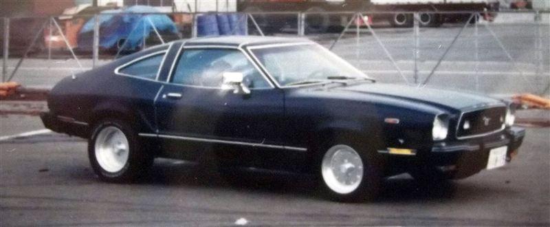フォード マスタング ファストバック