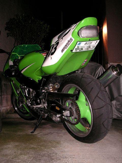 zakk32さんのZX-7RR Ninja