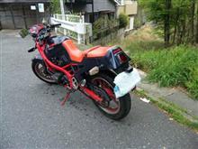 根津見さんのGSX400X インパルス リア画像
