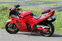 8banさんのRF400R リア画像