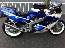 おたらふぇさんのGSX-R400