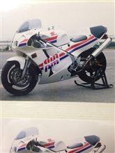 ☆飛☆さんのRC30 リア画像