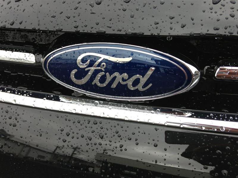 フォード クーガ