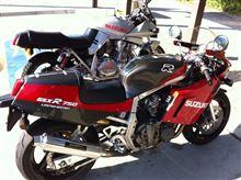 メタルマニアックさんのGSX-R750R メイン画像