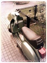 QUINTA-KAGEさんのベスパ PX200FL2 リア画像