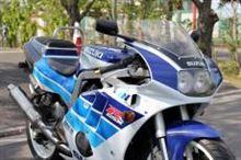 青豆さんのGSX-R400R