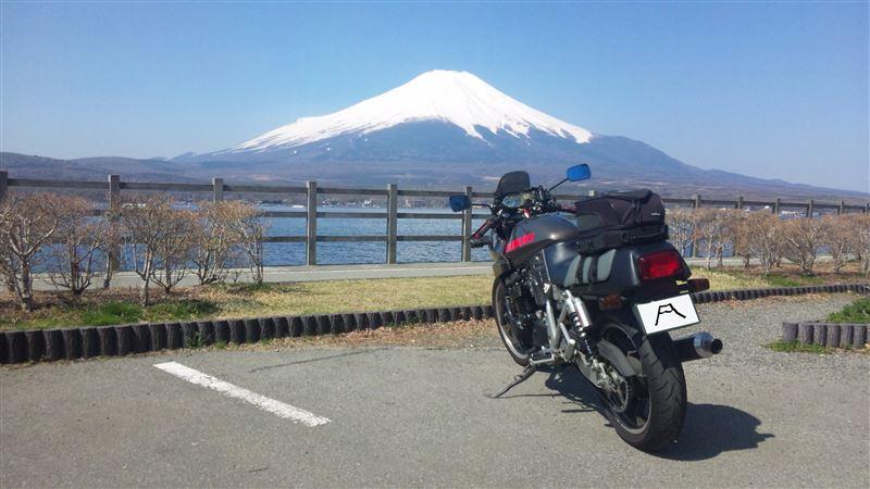 MER(マ~)さんのGSX400S KATANA (カタナ)
