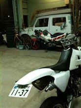 こばっち_さんのDT200WR リア画像