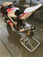 ムッちゃん、さんのRVF400R リア画像