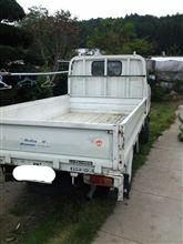 HIraMEki@RSFさんのハイエーストラック リア画像