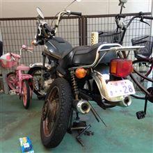 騎零那 華蓮さんのCM125T