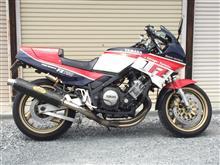 80's riderさんのFZ750 左サイド画像
