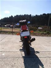 dirt-kozoさんのFZR250 リア画像