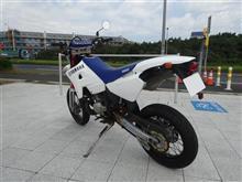 コン@みんカラさんのDT200WR リア画像