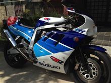 林道マンさんのGSX-R750R メイン画像