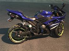 Clever☆ミさんのYZF-R1 左サイド画像