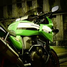 エイジングさんのZRX1200S メイン画像