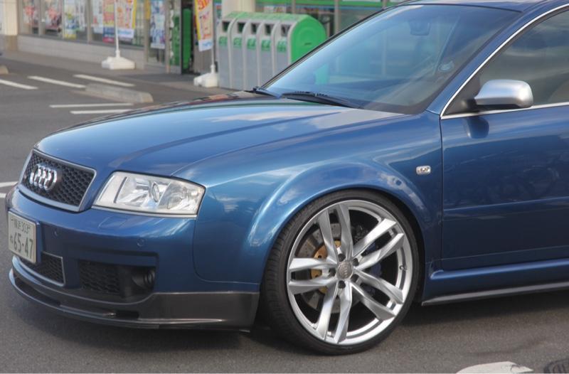 アウディ RS6アバント (ワゴン)