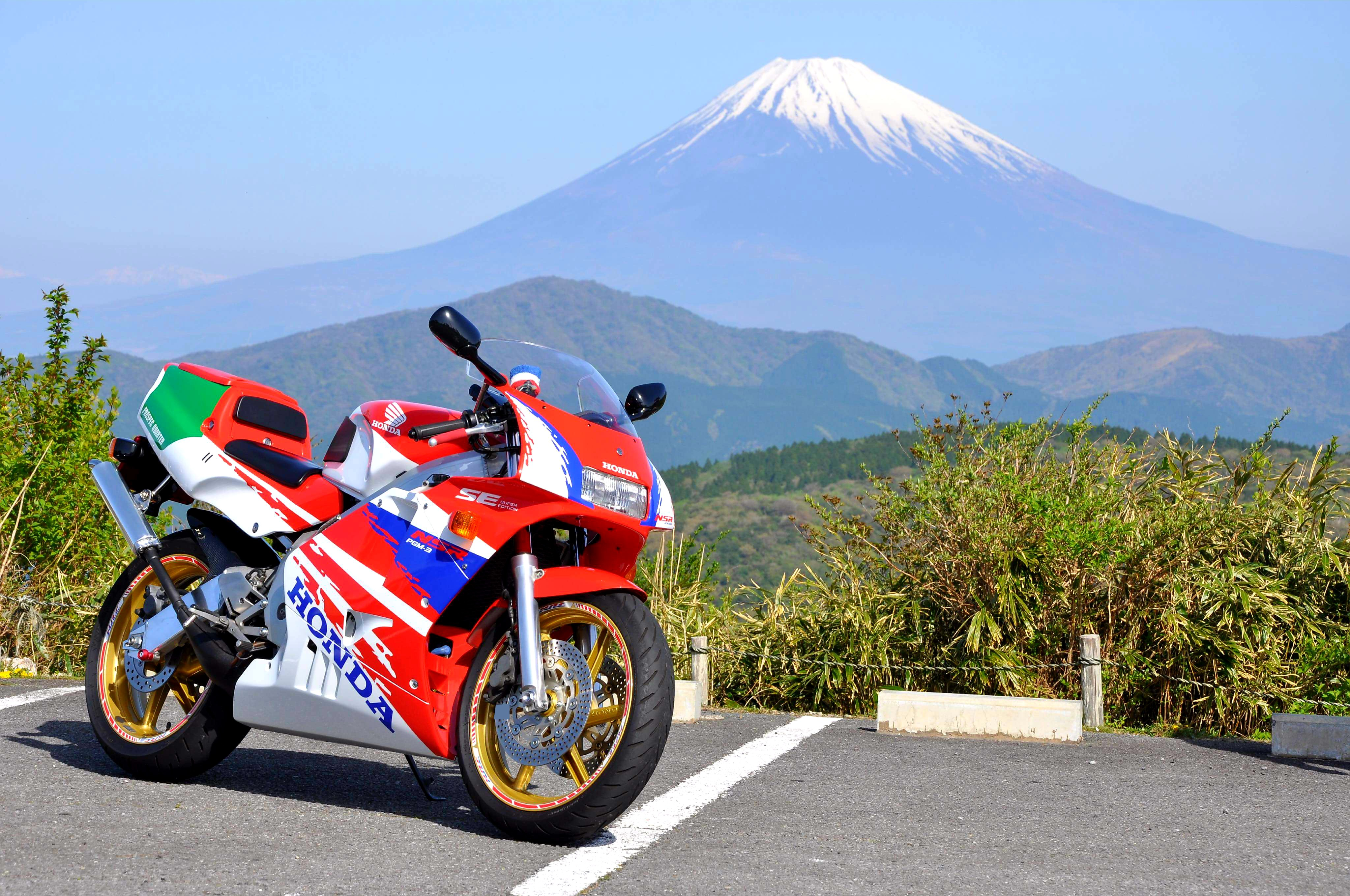 Red'sさんのNSR250RSE