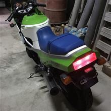 らんれびんさんのGPZ400R リア画像
