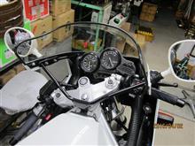 mekakichiさんのFZR750 左サイド画像