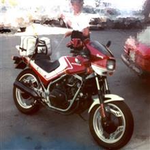 yotchan.さんのVF400F 左サイド画像