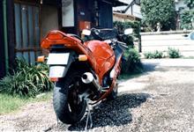 ケイピカさんのRF400RV リア画像