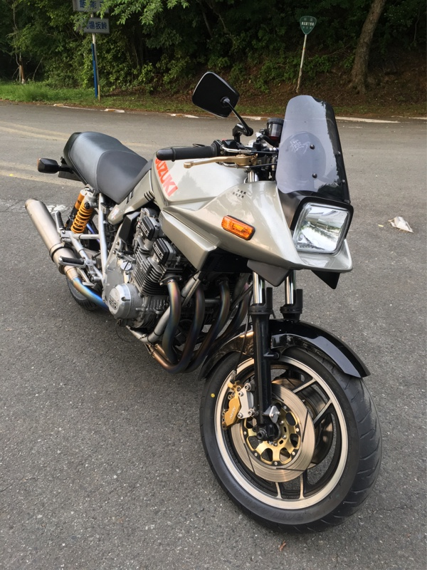 827SさんのGSX750S KATANA (カタナ)