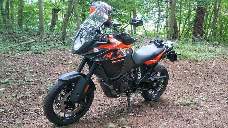 KTM KTM1090アドベンチャー