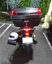 もりりんさんのVFR800F リア画像