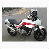 ぺーイチさんのGSX750E-4