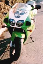 山チャさんのZX-7R メイン画像