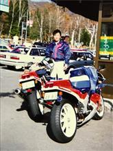 usukeさんのVFR750R リア画像
