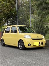 黄色い方の車