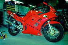 SucchieさんのRF400R 左サイド画像