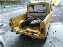 ドム専さんのポータートラック リア画像