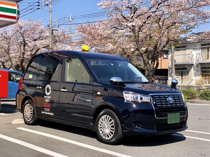 +まっさん+さんのジャパンタクシー