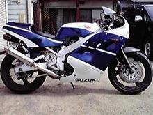 gakumaさんのGSX-R400