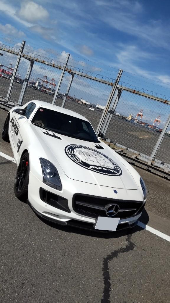 63(ロクサン)さんのSLS AMG