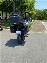 ジリージリーさんのBMWR1200RS 左サイド画像