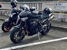 gishinさんのスピードトリプル RS 左サイド画像