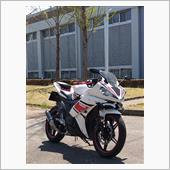 red_oneさんのYZF-R15