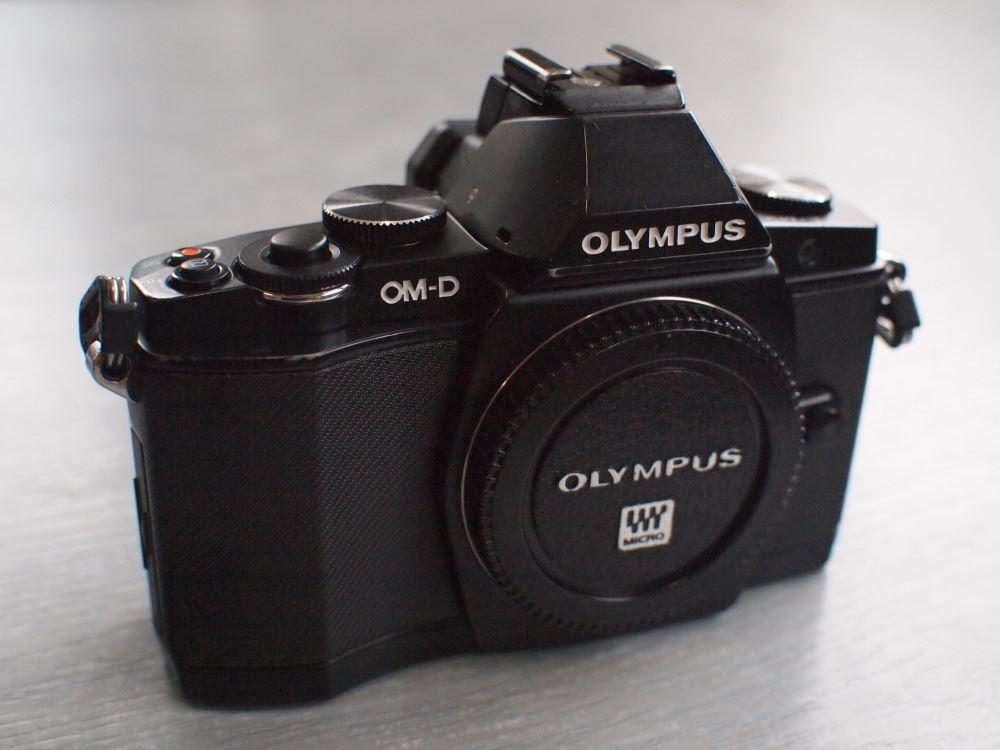 OLYMPUS E-M5修理完了③